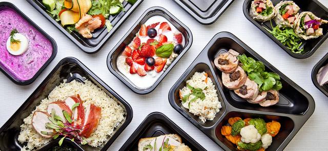 Diety pudełkowe - czy dostarczają rzetelnie policzonych kalorii / makroskładników?