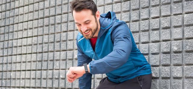 10 000 kroków vs godzinny trening – wpływ na odchudzanie i dobrą formę
