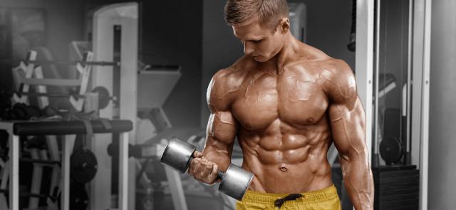 Czy można jednocześnie budować siłę i redukować tkankę tłuszczową?