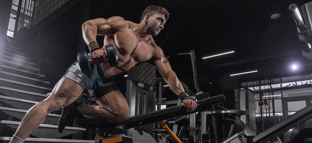 Ćwiczenia główne vs uzupełniające - rola w treningu oraz jak je dobierać