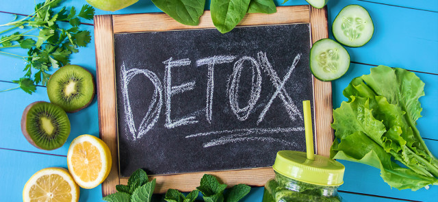 Mity o detoksie - jaki detoks wybrać?