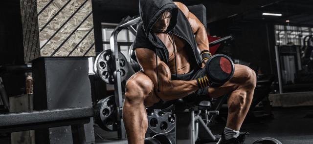 Hormon wzrostu po treningu – ile czekać z posiłkiem?