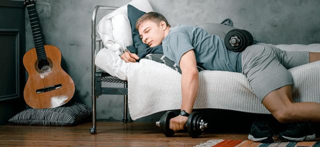 Zbyt krótki sen hamuje przyrost masy mięśniowej