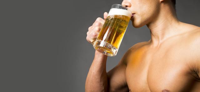 Jak alkohol wpływa na treningi, wagę i kondycję psychiczną?