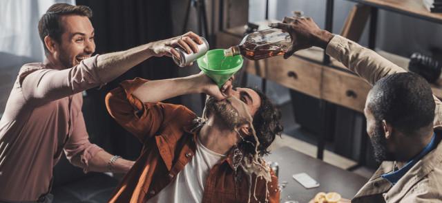 Jak zniwelować negatywny wpływ alkoholu na organizm?