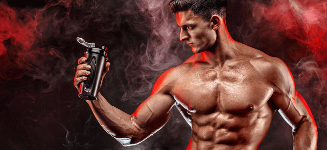 Jak przyspieszyć budowę muskulatury za pomocą odżywek i suplementów?