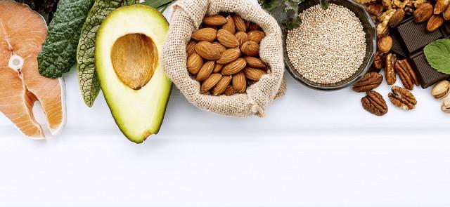 6 produktów żywnościowych bogatych w tłuszcz, które pomogą ci schudnąć