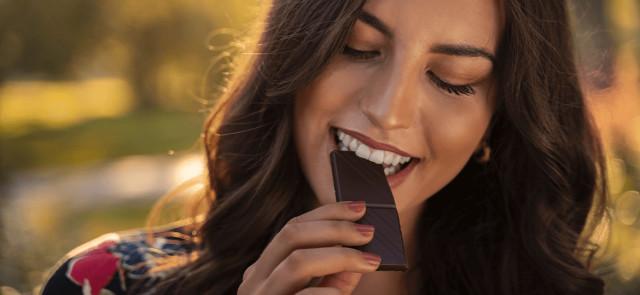 Dlaczego warto jeść gorzką czekoladę? 6 powodów!