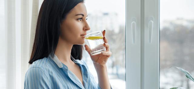 Napoje, które warto pić na czczo