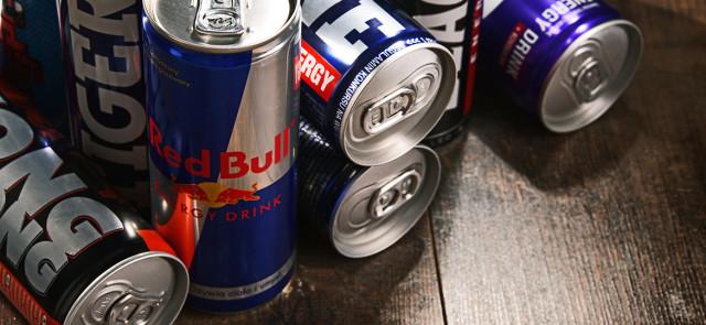 Czy napoje energetyczne pozbawiają nas męskości?
