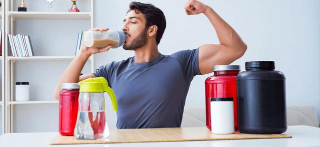 Ile białka potrzebuje osoba trenująca?