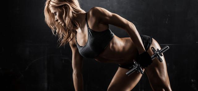 Ćwiczenia niezbędne w treningu kobiety - górne partie ciała