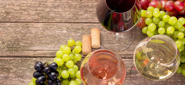 Wino w diecie - rodzaje, wady, zalety. Ile kalorii ma wino?