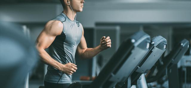 Trening aerobowy - przed czy po treningu siłowym?