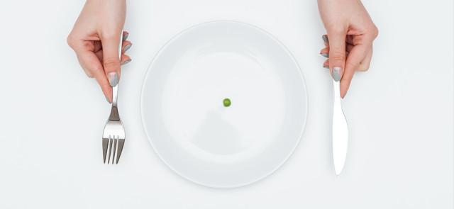 Dlaczego skrajnie restrykcyjne diety wyrządzają więcej szkody niż pożytku?