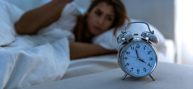 Dlaczego cięgle budzę się w nocy?